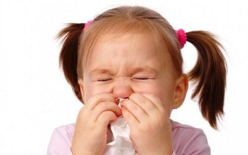 Tại sao trẻ uống kháng sinh cần uống thêm ColosMAX Q10 -2